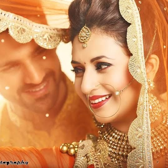 Top Bollywood Zee World Actress 'Vidya' Divyanka Tripathi Is Getting Married – Check Out Her Beautiful Pre Wedding Photos | CelebrityTell