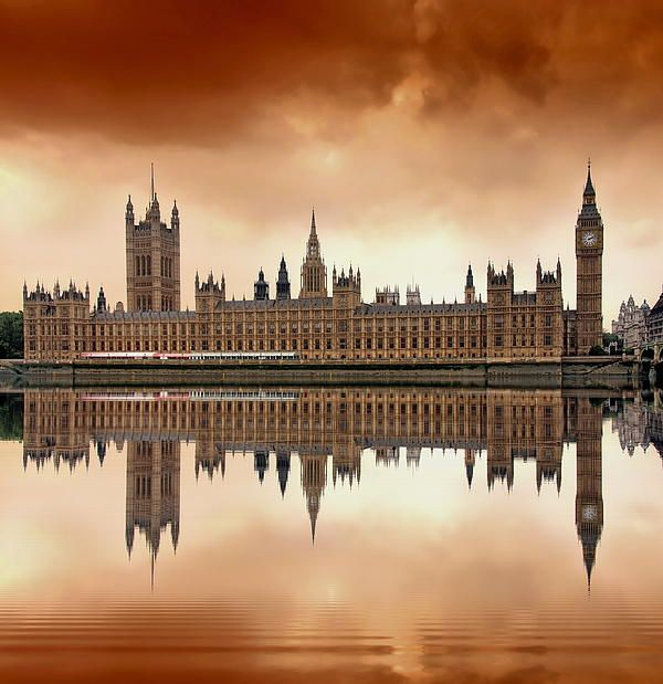 This beautiful building houses the working government of the Queen of England, and it is located on the River Thames