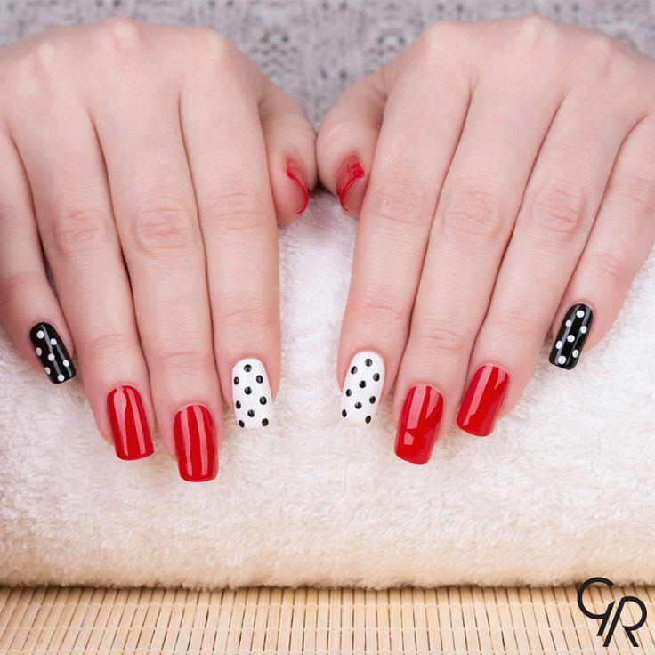 Bahar günlerinde tek renkle yetinemiyoruz… Siyah, beyaz ve kırmızıyla herkese mutlu haftalar. :)