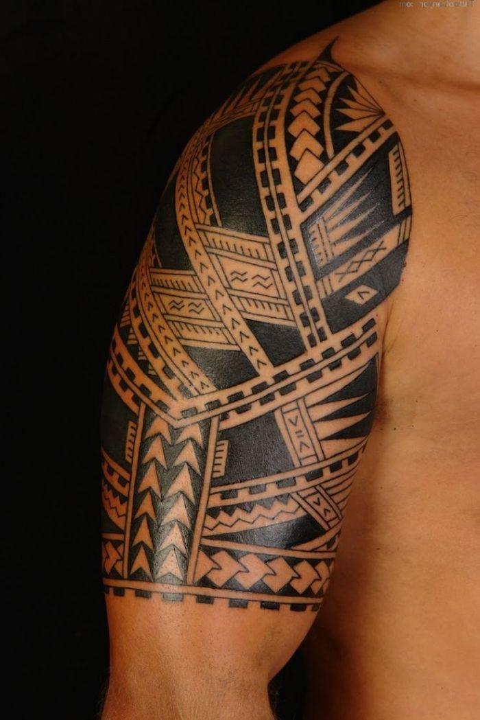 plus de 25 id es uniques dans la cat gorie tatouage tribal. Black Bedroom Furniture Sets. Home Design Ideas