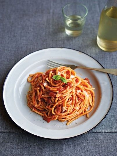 Spaghetti with Easy Tomato Sauce - Student recipes: Sam Stern's top five student recipes - Telegraph