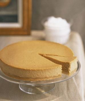 Pumpkin Cheesecake Recipe with Greek Yogurt from Top Chef Richard Blais - 150 calories and 18 grams of carbs per slice!