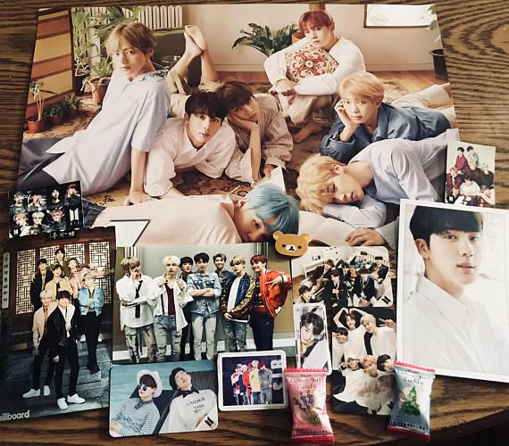 Kpop Goodie bags are theme based on the KPOP group BTS each bag will include a random selection of variety items such as: 1 Random Poster, 3 Random Photo Cards/Message Cards, 3-4 Random Stickers, 2 Random Photos, 1-2 Postcards, Random Stationary Item #bts #army #kpop #music #bags #etsy #shop