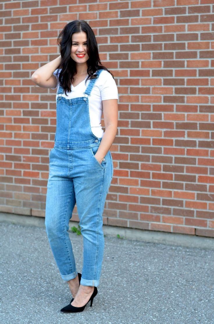 overalls: c/o: gap // tee: gap // heels: nine west // lippie: NARS in heatwave     Overalls can be definitely be hit or m...