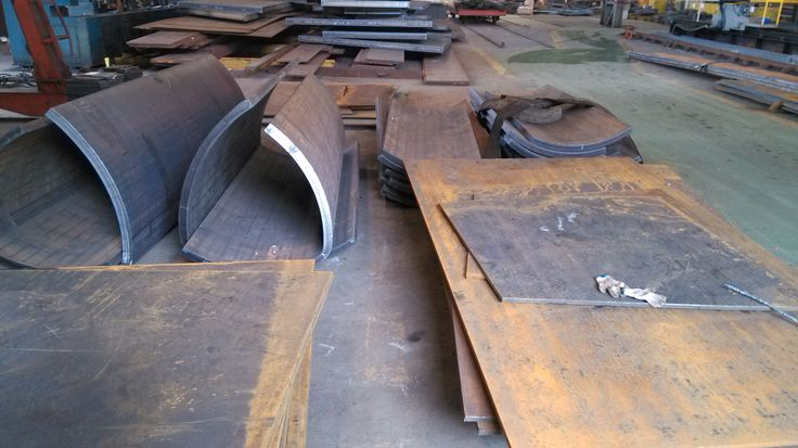 Qingdao North Station - 50 mm thick plate bent for exterior arches fabrication