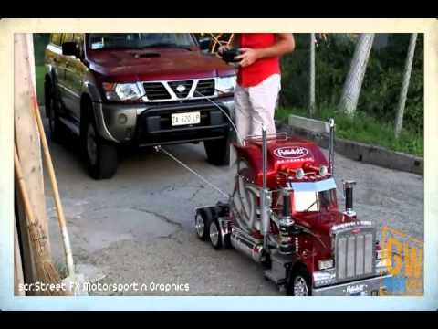 RC Truck Pulling a Car | Big Toys Peterbilt RC