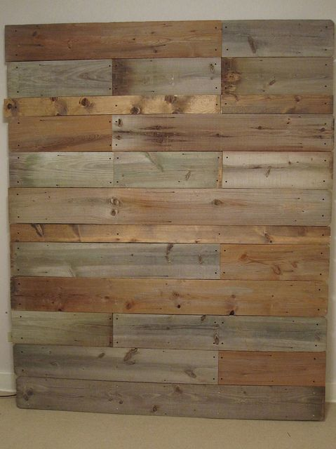 Reclaimed wood headboard - mrsfancypantz