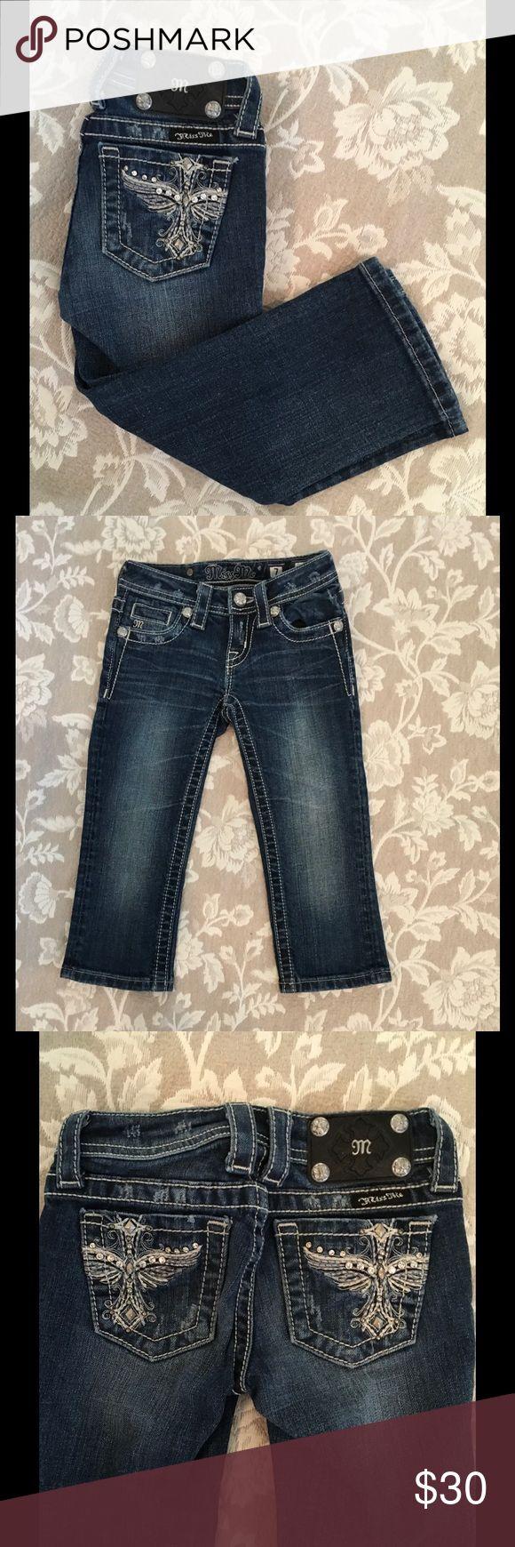 Girls Miss Me Capri jeans Sz 7 In excellent condition girls Capri jeans Miss Me Bottoms Jeans