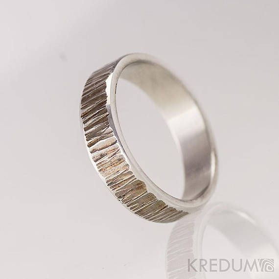 Stainless steel WEDDING band, Womens or Mens hammered band, HANDMADE simple wedding ring with bark finish, band for him, for her - Wood line  This hand forged band is made of anti-allergic stainless steel. Surface resembles a tree bark and is gently polished. The inner side is smoothly ground and polished. There are smooth lines on the sides of the ring.
