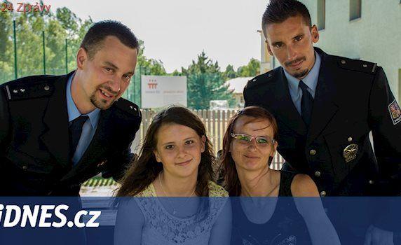 Bez vás by moje dcera nežila, děkovala matka zachráncům v uniformách