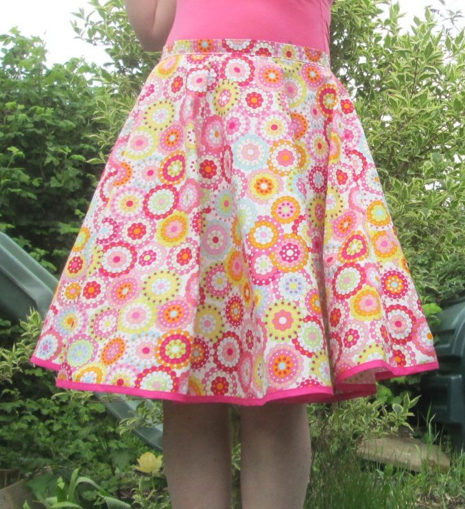 How To Make a circle skirt tutorial | DIY Crush