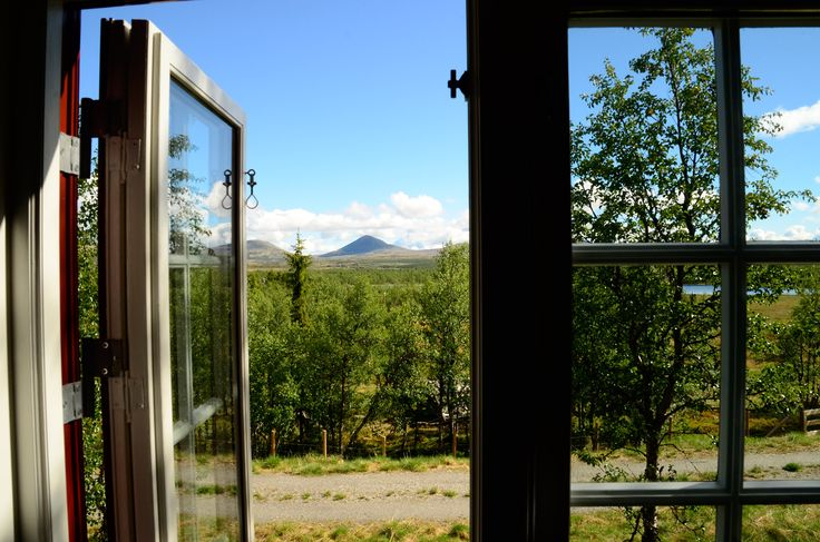 Open your window at Venabu fjellhotell and the mountains come inside.