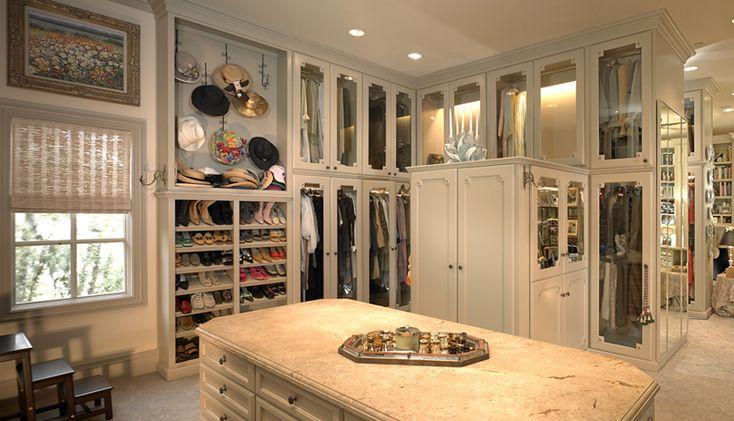 Huge, beautiful, and organized closet
