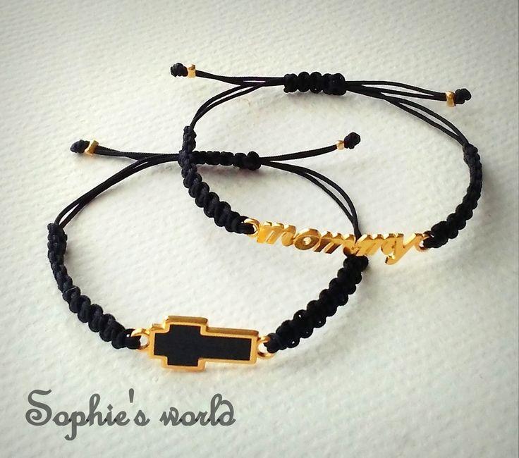 μαύρα μακραμέ βραχιόλια με επίχρυσο σταυρό & mommy #bracelets #mommy  #makrame https://www.facebook.com/SophiesworldHandmade/