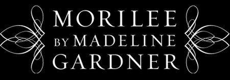 Традиции и современность, классика и модерн, консерватизм и новизна, мода и стиль... Больше, чем 50 лет во всем мире знают и любят бренд, который диктует правила, радует и удивляет невест, выпуская удивительные коллекции свадебных платьев - Mori Lee.