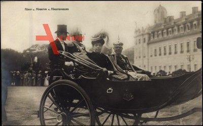 Fürst und Fürstin von Fürstenberg in Kutsche