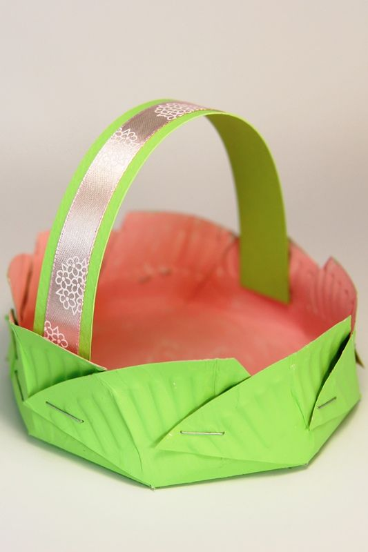 Easy Paper Plate Crafts   Paper Plate Easter Baskets