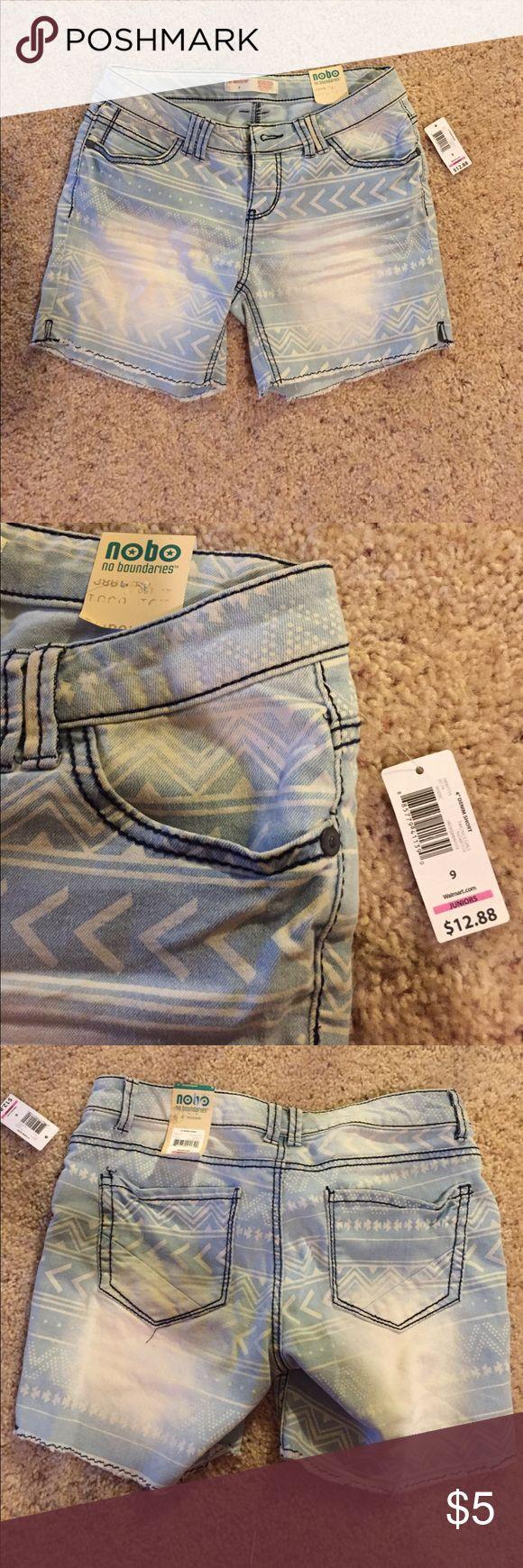 NWT Blue jean shorts Size 9 No Boundaries light blue jean shorts with tags. No Boundaries Shorts Jean Shorts