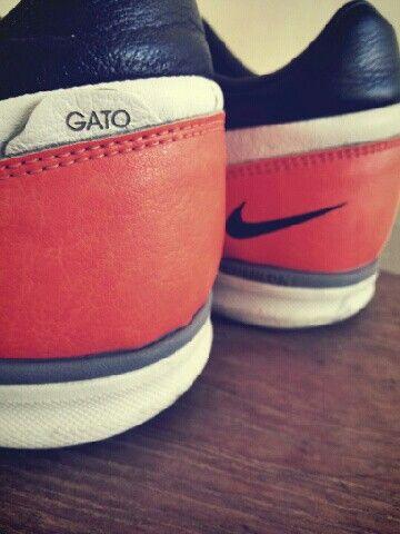 Nike Street Gato