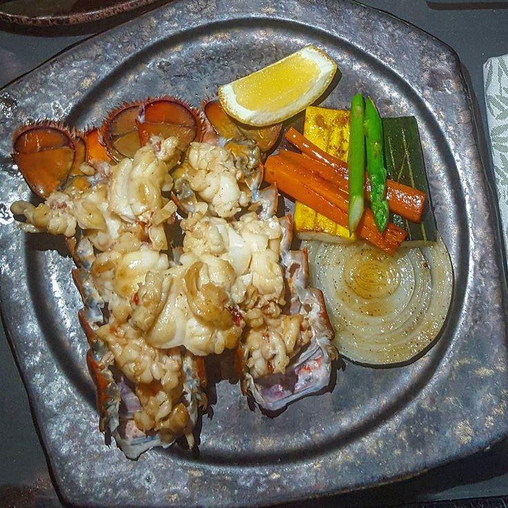 .. Restaurant  Kazu Location @yasviceroy @yasislandae Cuisine Japanese Sushi  Food  Grilled lobster  Price  AED 275 Rating  8/10  Comments  for #lobsterlovers #recommeded  ملاحظه  لمحبي #لوبستر #ام_ربيان جربوه في مطعم ياباني كازو ب فندق ياس #فايسروي .. =============================================== #yas #yasisland #yasviceroy #yasviceroyhotel #yasislandae #yasabudhabi #visitabudhabi #amazingabudhabi #we_abudhabi #simplyabudhabi #AD #abudhabi #myabudhabi #instaabudhabi #abudhabicity #food…
