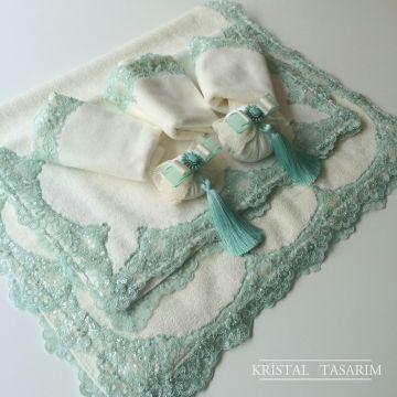 Mint Yeşili Dantelli Banyo Takımı