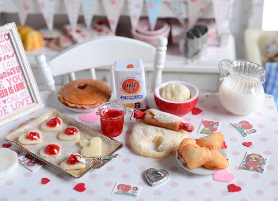 Miniature Valentine Cherry Hand Pies Baking Set por CuteinMiniature