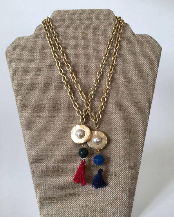 Un favorito personal de mi tienda de Etsy https://www.etsy.com/es/listing/526407241/gargantilla-cadena-colgante-de-perla