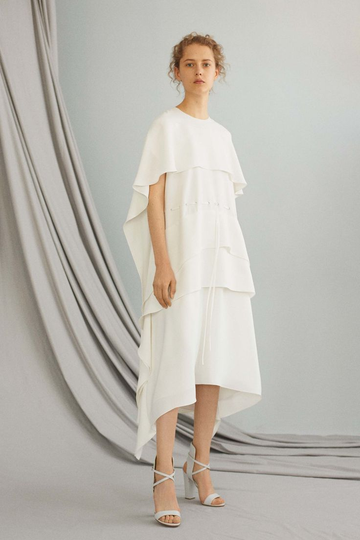 ADEAM Resort 2017 Collection Photos - Vogue ...totally gorgeous, a cape with layers and a drawstring waist and asymmetric hem and WHITE oooh really pretty