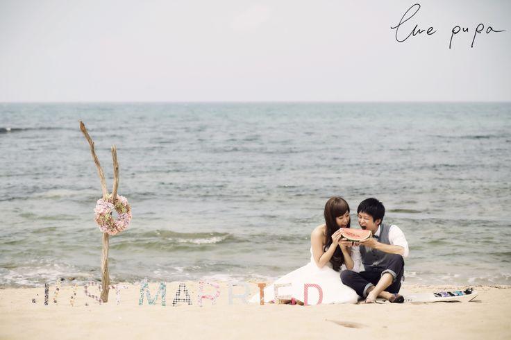 http://ameblo.jp/ellepupa/entry-11631567443.html #海 #すいか #流木 #サーフボード #砂浜
