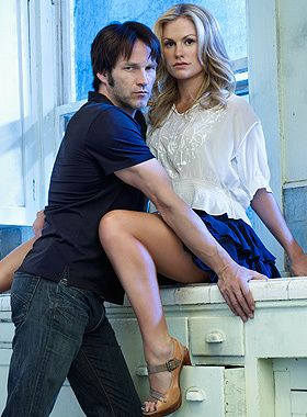 Bill and Sookie / True Blood... Is it sad that the shoes are what got me in this pic?