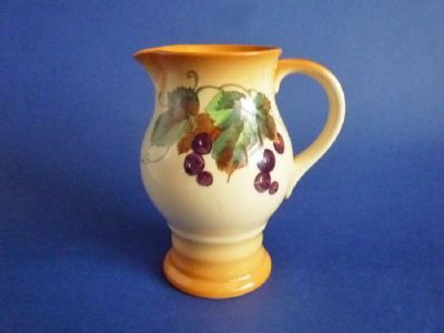 Royal Doulton 'Grape Vine' Lygon Pitcher D5414 c1935