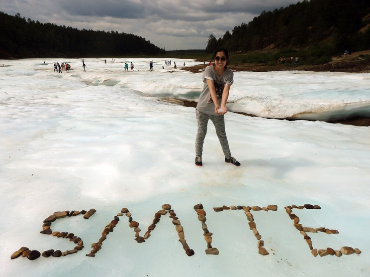 """Данная фотография была сделана в уникальном своем роде  месте - в Булуусе, что в переводе значит """"ледник"""". В нее втекает горный холодный ручеек, который можно сразу  пить. Люди специально едут туда, чтобы наполнить свои  бутыли чистой водой. #SmiteEverywhere #Smite #Смайт #SmiteProRu"""