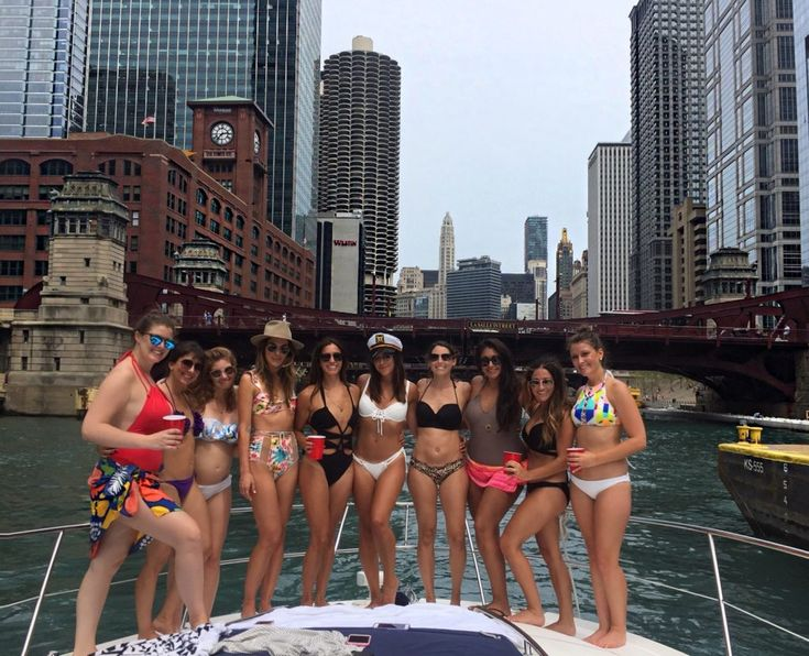 Chicago bachelorette party ideas! Rent a boat in Chicago and head to the playpen on the lake! View more ideas in my Chicago City Guide