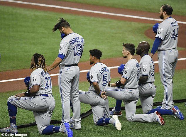 52 White Americans Oppose Kneeling During National Anthem In 2020 Kneeling During National Anthem National Anthem Anthem