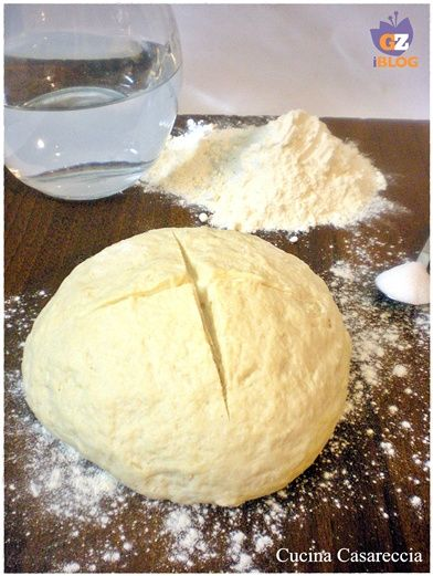 Acqua farina e zucchero ecco come preparo il mio lievito madre Lievito madre ricetta lievitati