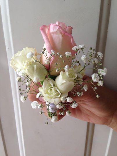CBL140 Riviera Maya Weddings bodas / pin corsage light pink roses