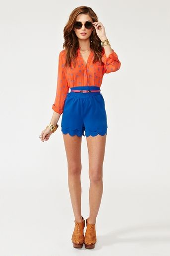 #Nastygal    Belted Petal Shorts - Blue    I love this colour, and the colour combination.  I'm not a big fan of the highwaist, but I love the scalloped edge.