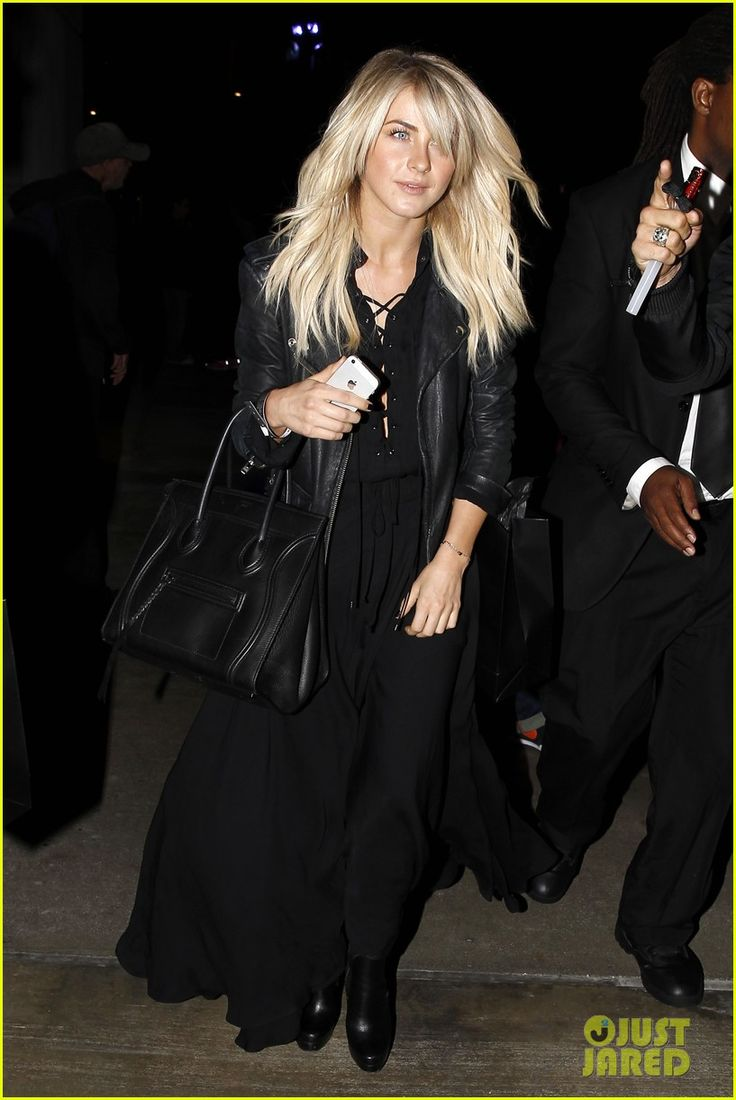 Julianne Hough: Beyonce's 'Mrs. Carter Tour' Viewing Party