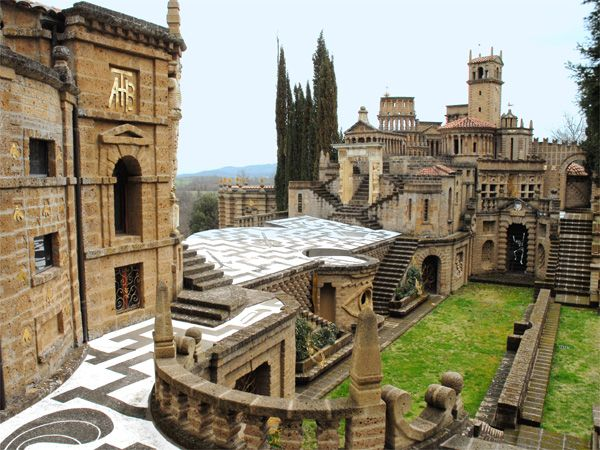 Scarzuola, la città teatro di Tommaso Buzzi