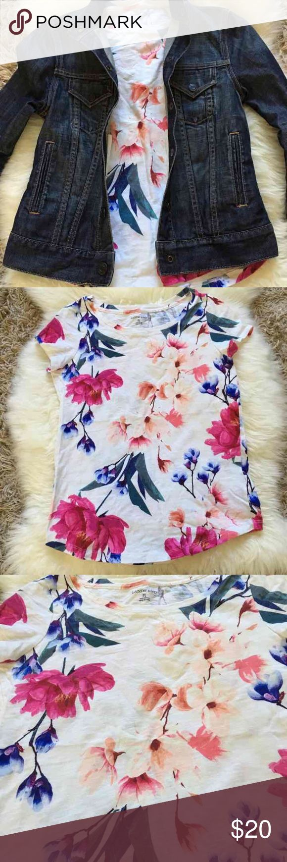 Lands End Floral Tee XS Women's XS cotton tee. Floral print. Line dried. Worn twice.  Gap denim jacket for sale in separate listing Lands' End Tops Tees - Short Sleeve