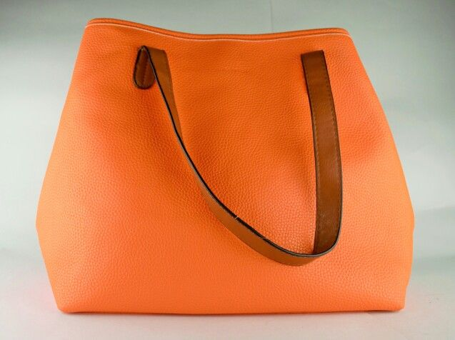 Bolso MNG, mango touch