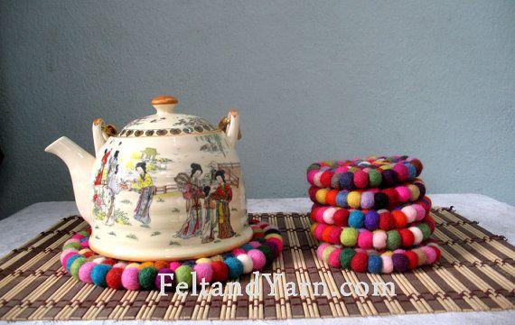 Multicolored Felt ball Trivet and tea coaster set by feltnyarn