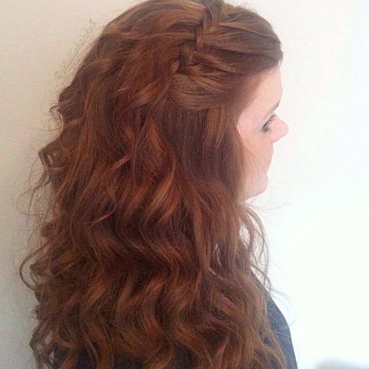#fauxwaterfall with scrimped curls @samvillahair