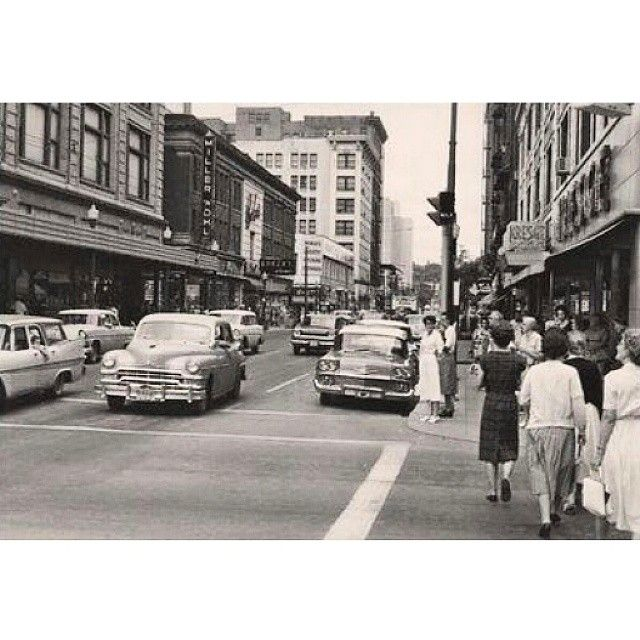 76 Best Images About Historic Downtown Storefronts On: 109 Best Images About Des Moines...old Time & Modern Day