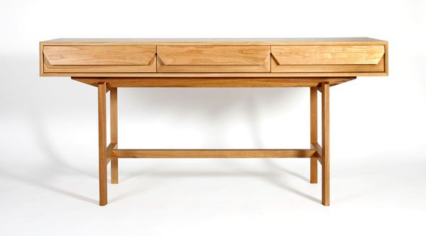 Brutus-hall-table-oak (also available in walnut)