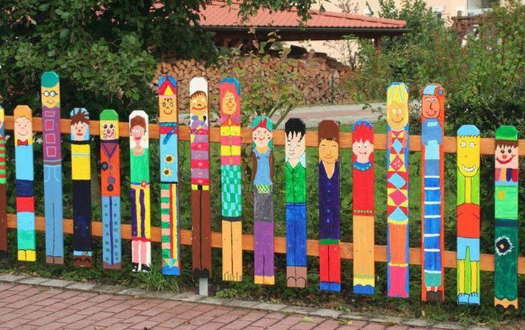 Cerca creativa para un jard n de infancia o el rea donde - Cercas para jardin ...