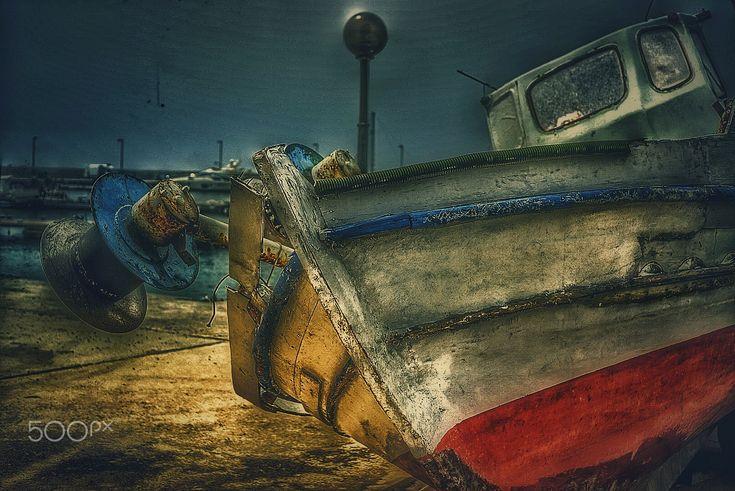 Old  boat ⛵ - Rusty boats