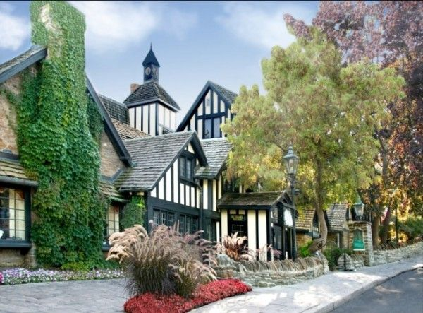 Canadas Loveliest Wedding Venues: Old Mill