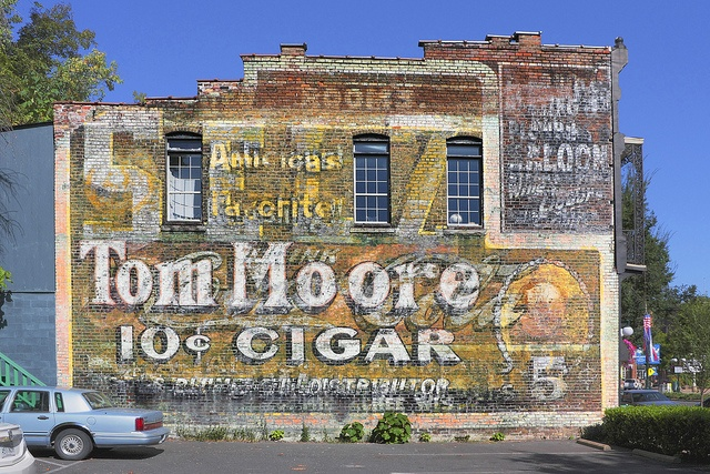 Tom Moore 10c Cigar. Not sure where. A great sign, so many layers.