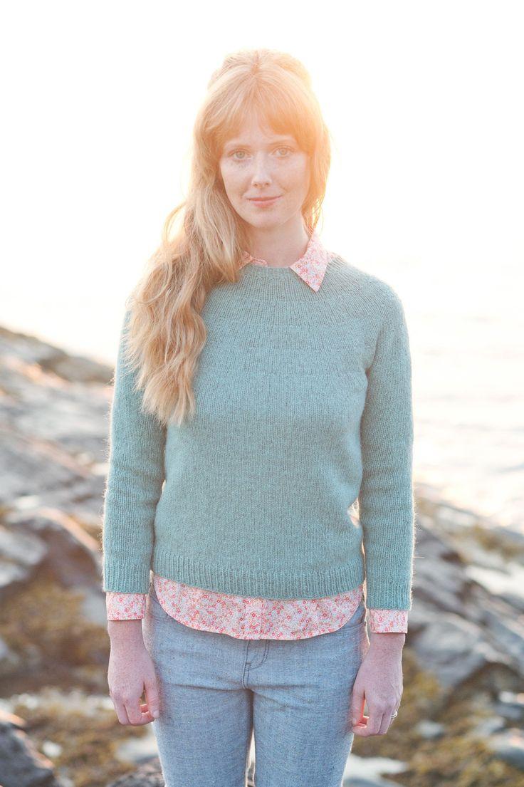 basic round-yoke unisex pullover